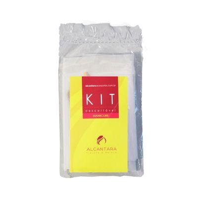 Kit-Alcantara-Manicure-