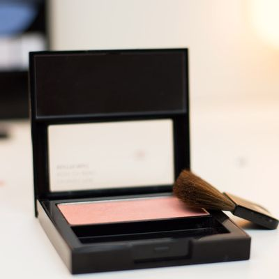 A-Powder-Blush-Revlon-Baby-Pink-001-19674.03