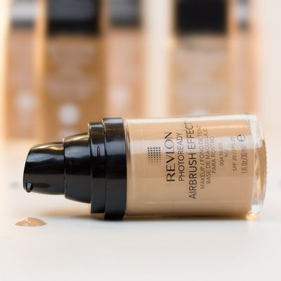 Base-Revlon-Photoready-Airbrush-Medium-Nude-140