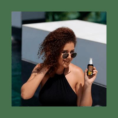 Oleo-de-Coco-Yenzah-Amo-Sol-60ml-7898642870050-modelo